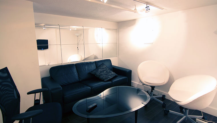 studio-gabriel-plateau-tv-paris-loge-1